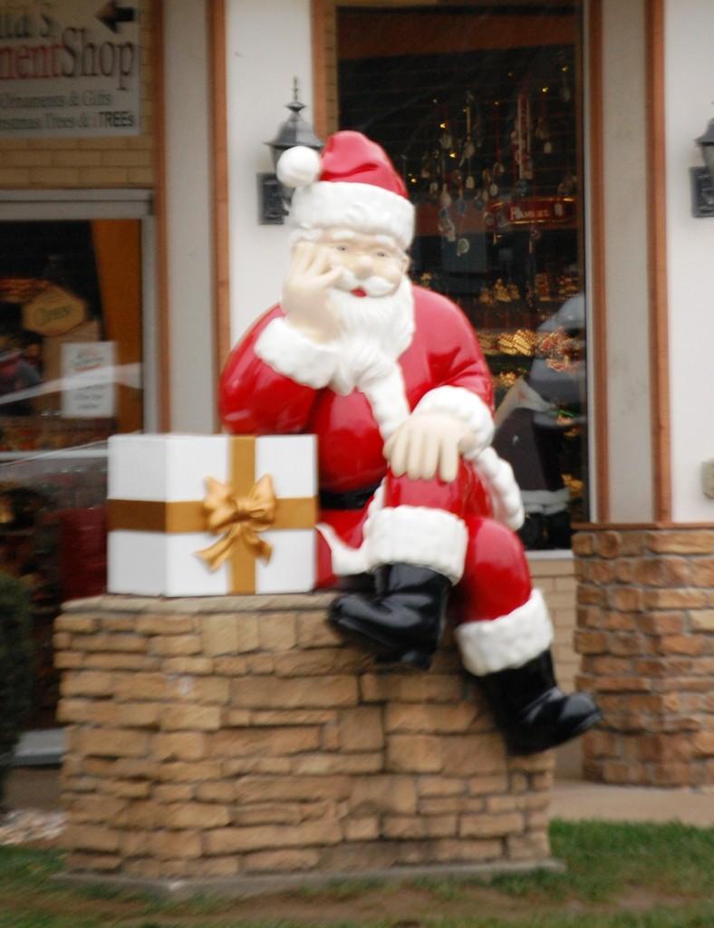 Santa Claus Chillin