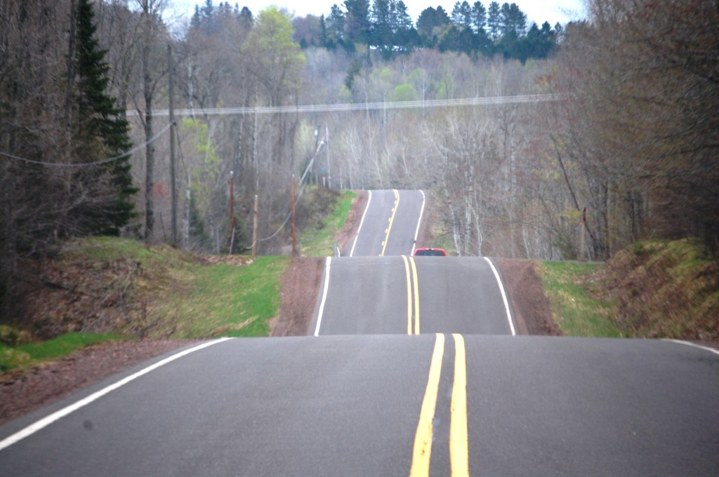 US Route 2 rolling hills in eastern Wisconsin