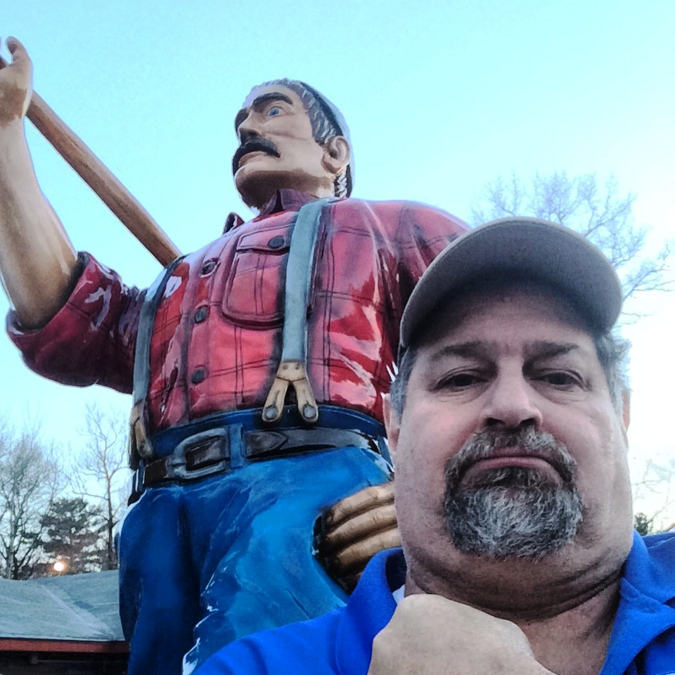 Paul Bunyan and Sumoflam in Minocqua, WI