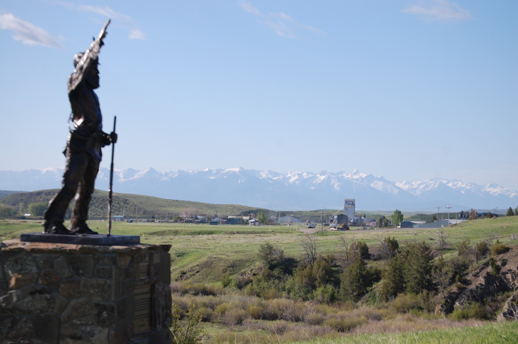 A sculpture of a pioneer/trapper overlooks the Shields Valley