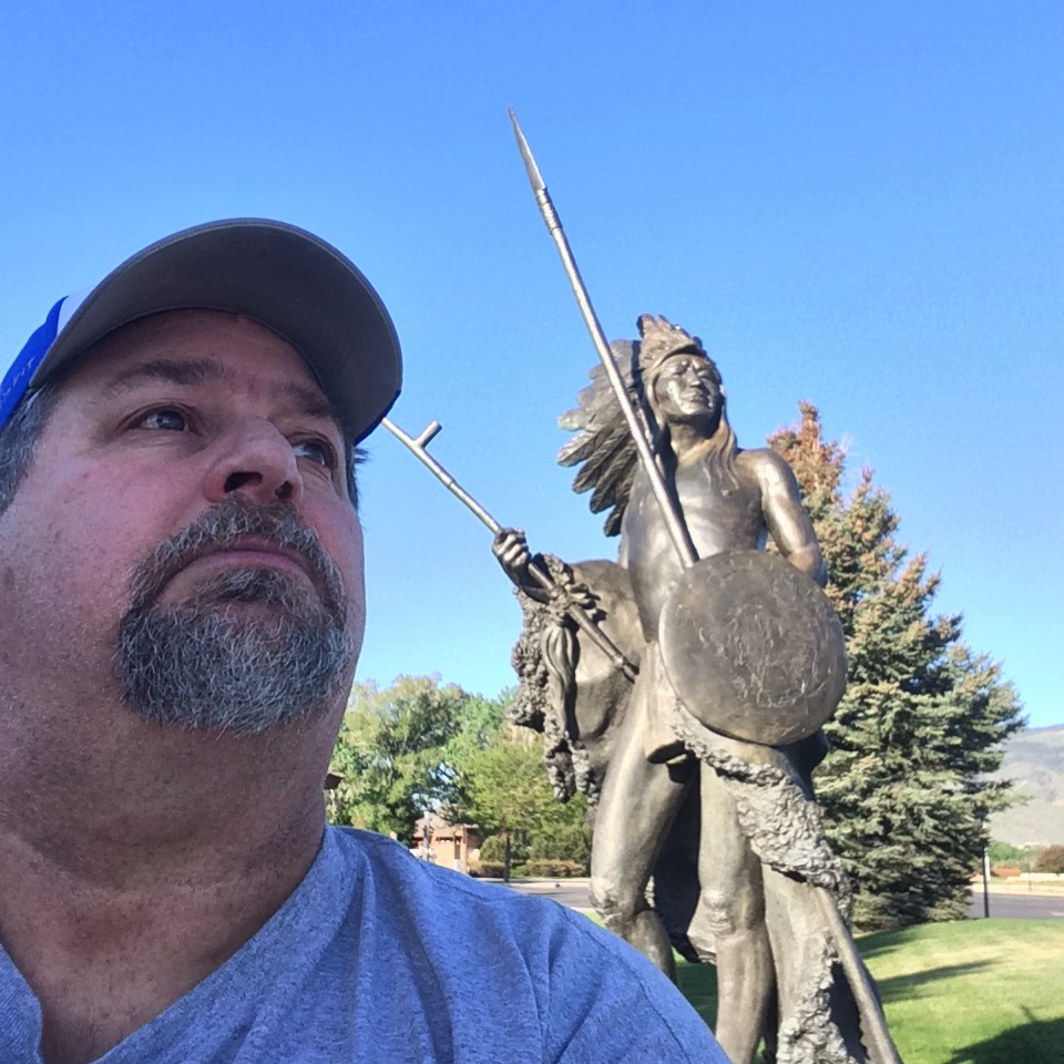 Sumoflam with Chief Washakie Statue at buffalo Bill Center