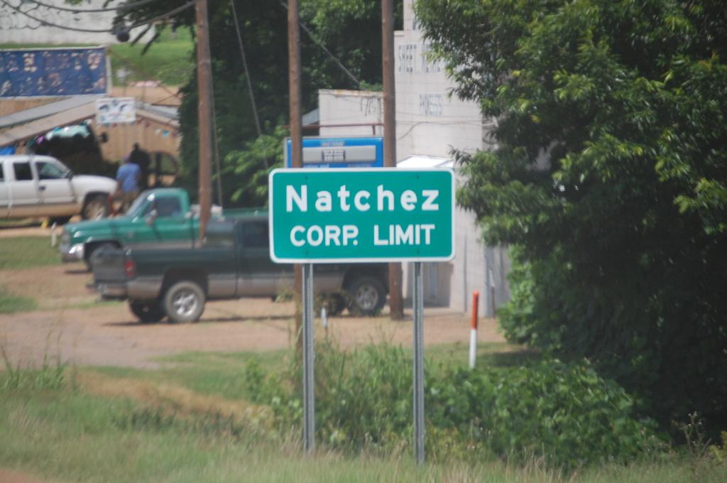 Entering Natchez, MS