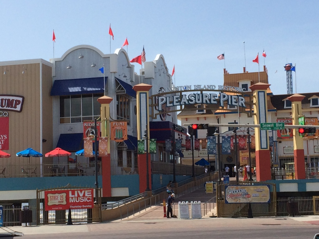 Pleasure Pier Amusement Park in Galveston