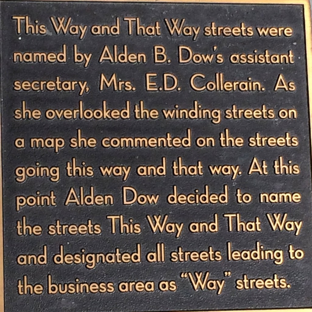 Plaque at the corner of This Way and That Way