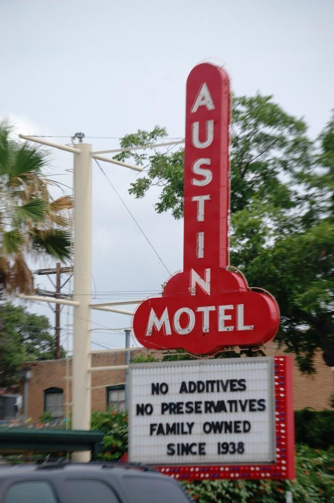 Autin Motel