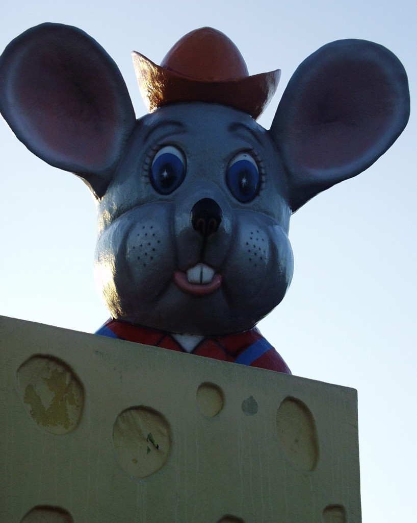Cheesey Mouse looks over DeForest, WI