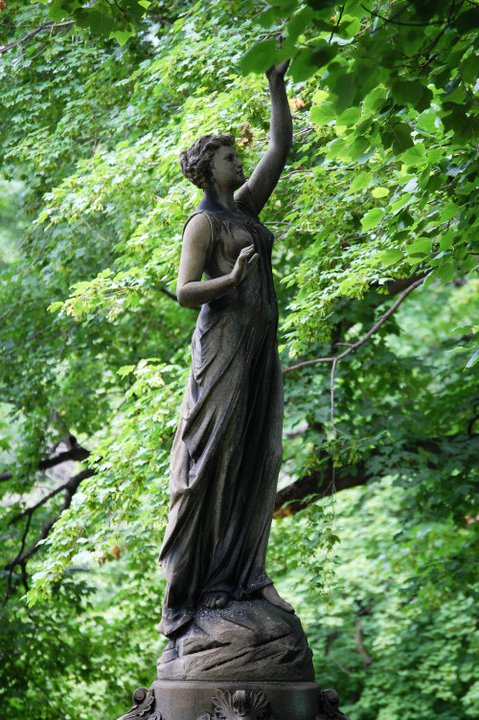 Lake View Cemetery monument