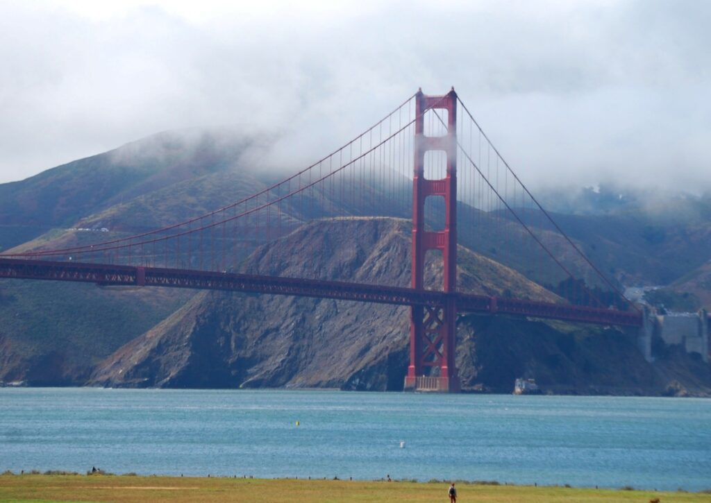 Golden Gate Bridge as seen from the approach from San Fraancisco