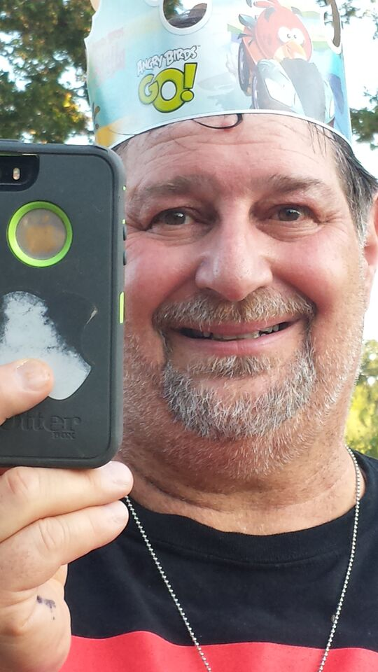 Sumoflam doing his selfie thing...(photo by Ed Townsend)