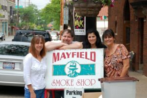 With three of my Laurienzo sisters at Nicole's Mayfield Smoke Shop