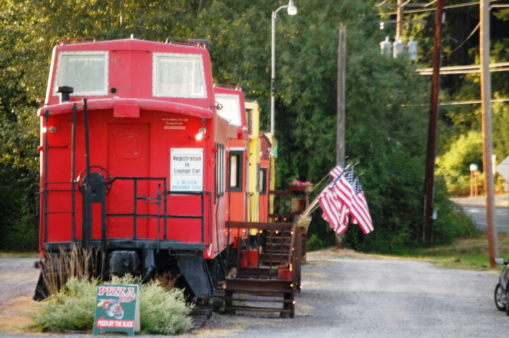 Caboose Motel - the Hobo Inn
