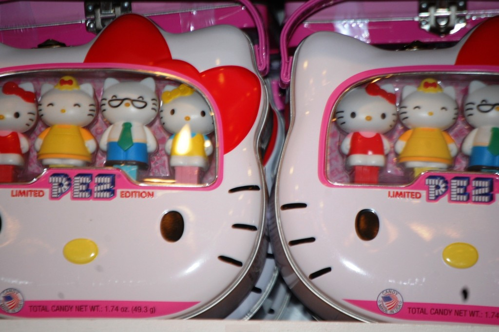 Hello Kitty Collector PEZ