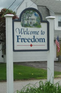 Welcome-to-Freedom-Sign