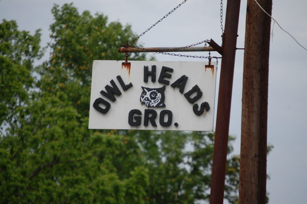 Owl Heads Grocery in South Irvine. Love the sign!
