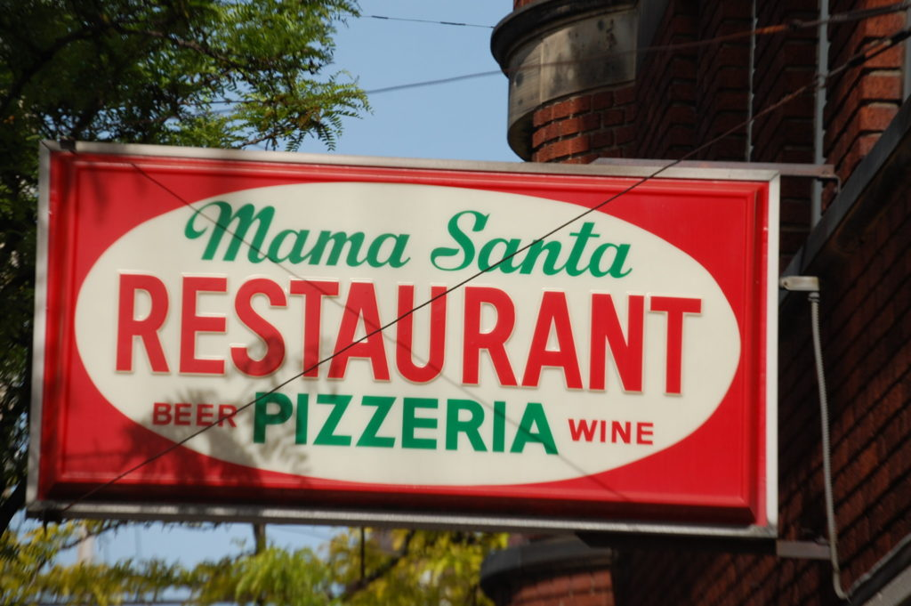 Mama Santa's Pizzeria Restaurant in Little Italy
