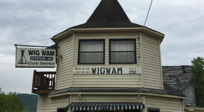 The Wigwam Drive-In Restaurant – Ravenna, KY