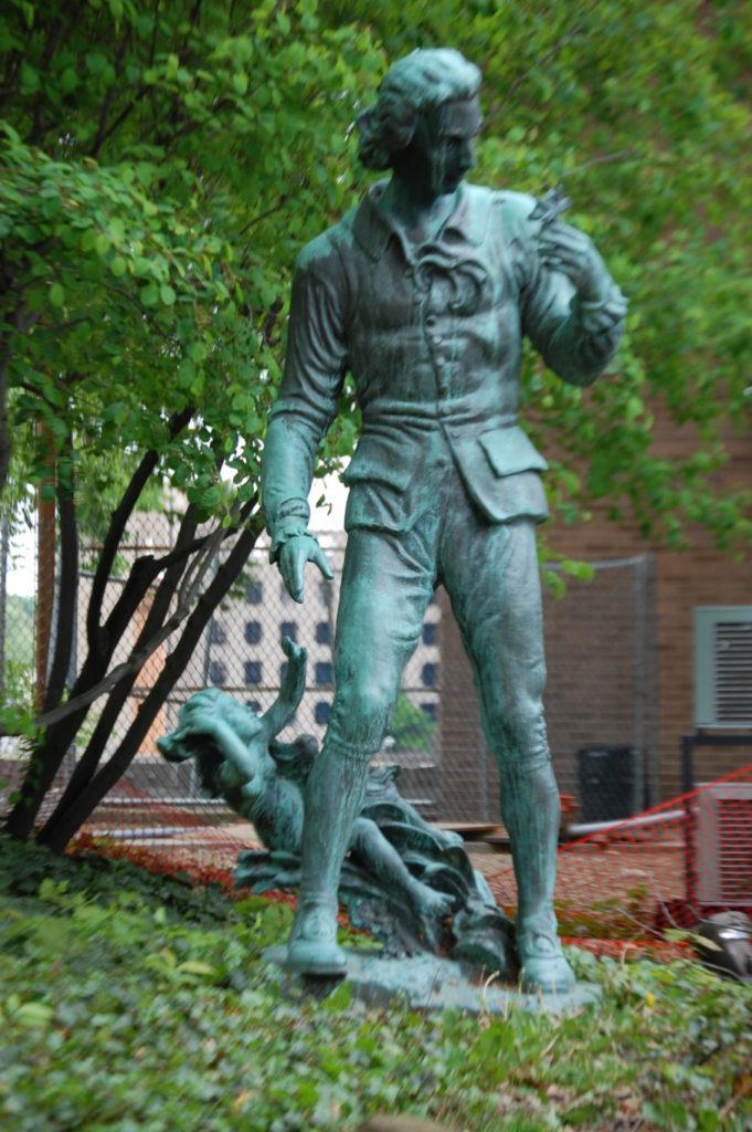 Statue of Swedish Botanist Carl von Linne