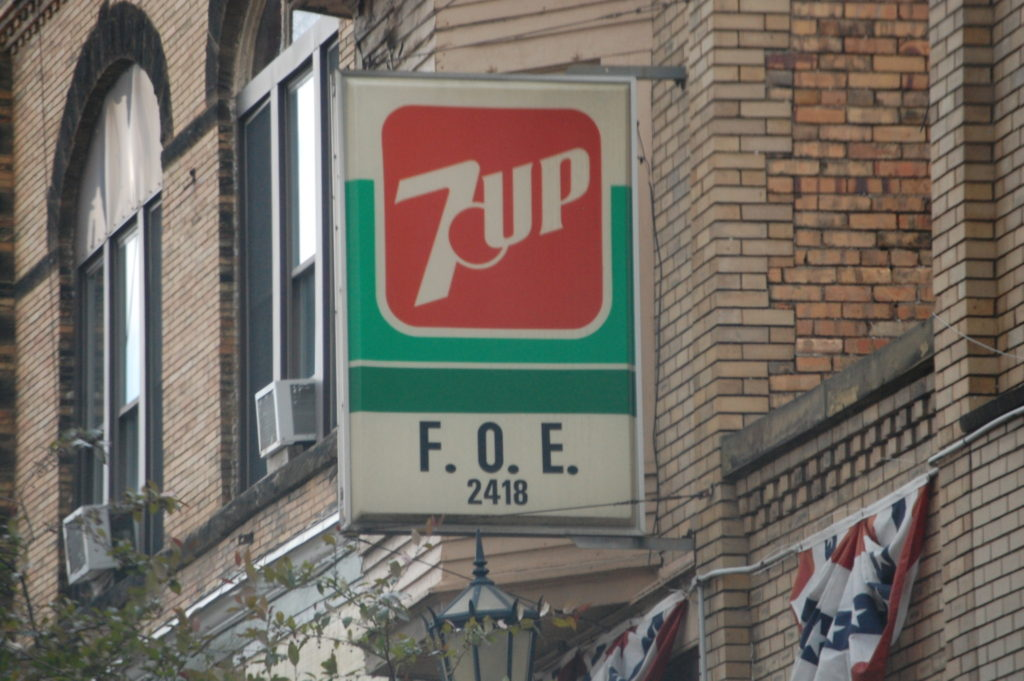 7 Up sign at Elks building in Millersburg, OH