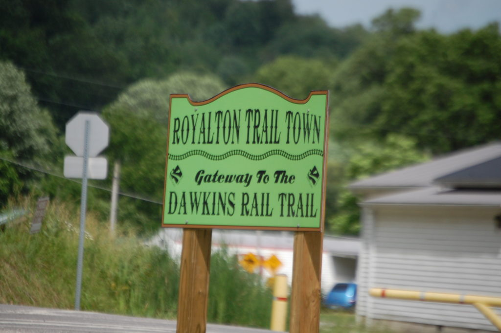 Royalton Trail Town Sign