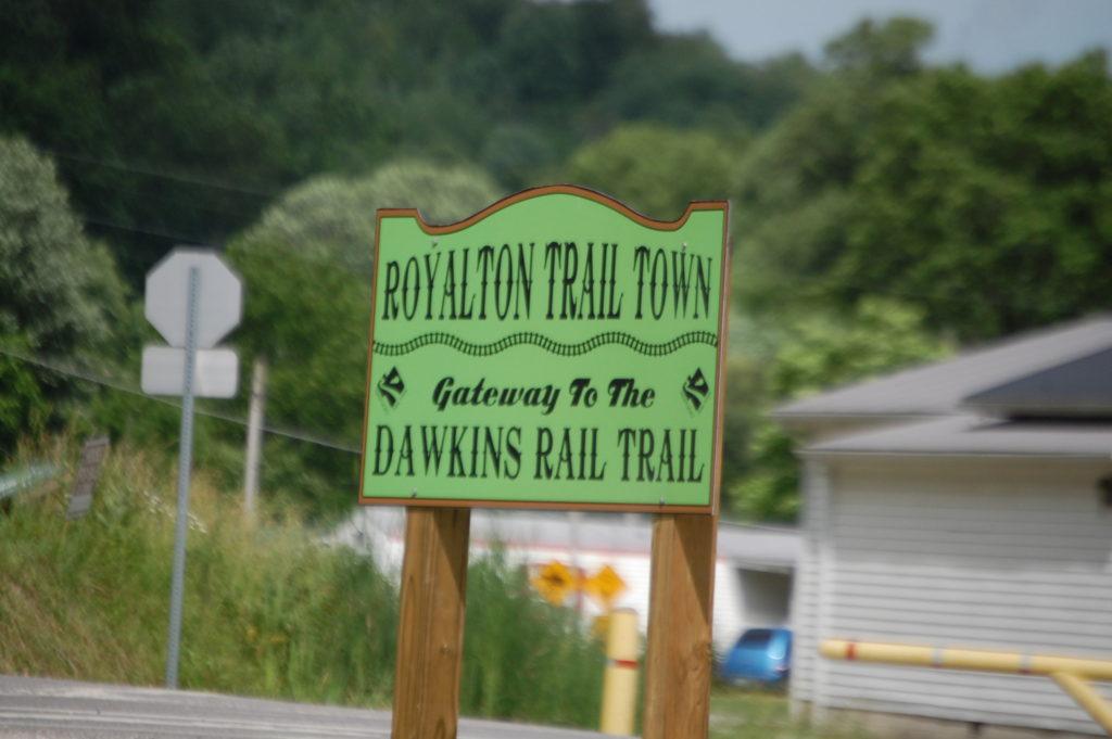 Royalton Trail Town Sign
