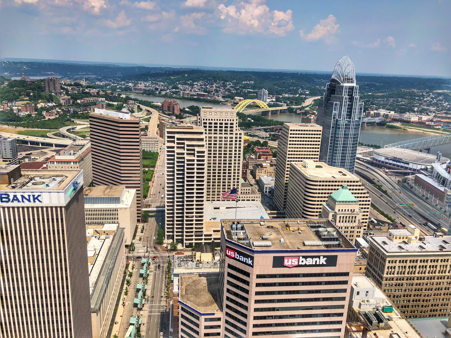 Cincinnati: A View from the Top – Carew Tower
